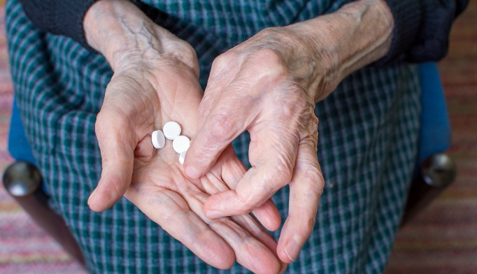 new-onset diabetes in elderly statin use