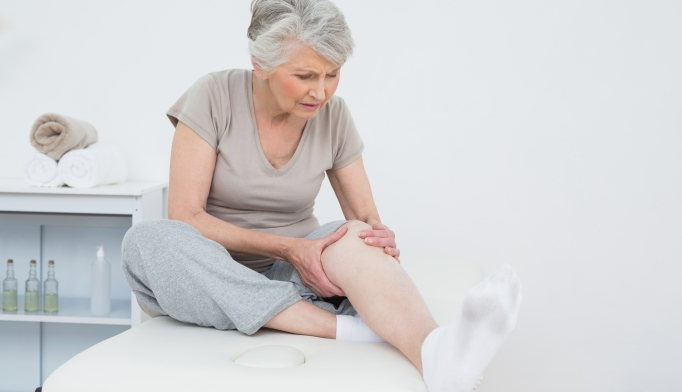 Nocturnal leg cramps are common among elderly patients.