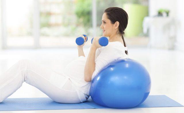 Exercise in Pregnancy Decreases Cesarean Risk, Weight Gain