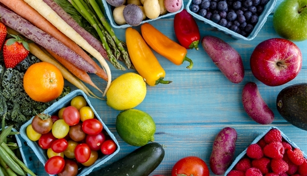 Individualized nutrition therapy can help patients with prediabetes or type 2 diabetes hit target levels of blood glucose, blood pressure, and lipids, as well as achieve weight loss goals. Medical nutrition therapy (MNT) can be provided by an RD or a registered dietitian nutritionist (RDN),1 and should include a nutrition assessment, a nutrition diagnosis, individualized nutrition interventions, and nutrition monitoring, in conjunction with continued follow-up to support lifestyle changes and evaluate outcomes.1 Setting weight loss goals in overweight or obese patients is another effective way to minimize risks and complications associated with prediabetes and type 2 diabetes.1 Counseling surrounding calorie consumption, portion sizes, and nutrition literacy can help patients reach their weight loss goals. The Centers for Medicare and Medicaid Services (CMS) may cover both behavioral therapy and nutrition counseling for obesity when provided by a qualified primary care practitioner.1